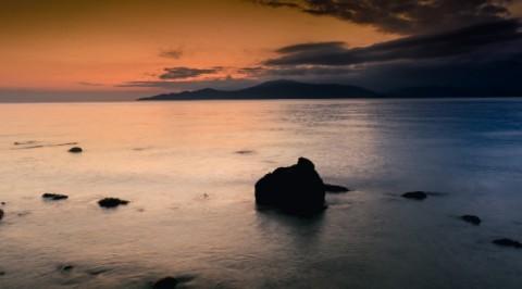 sunset-sea-mountains-BlakeVerdoorn